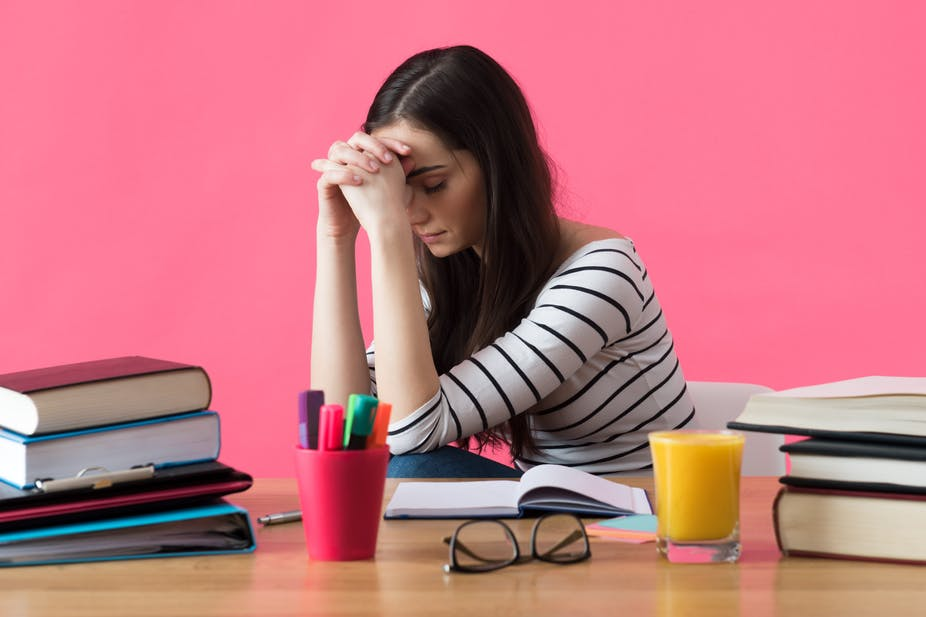 Bagaimana Universitas Membantu Menghindari Masalah Akademik