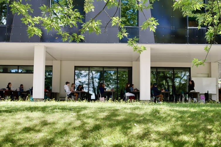 Pendidikan Outdoor di Universitas Menjadi Warisan COVID-19